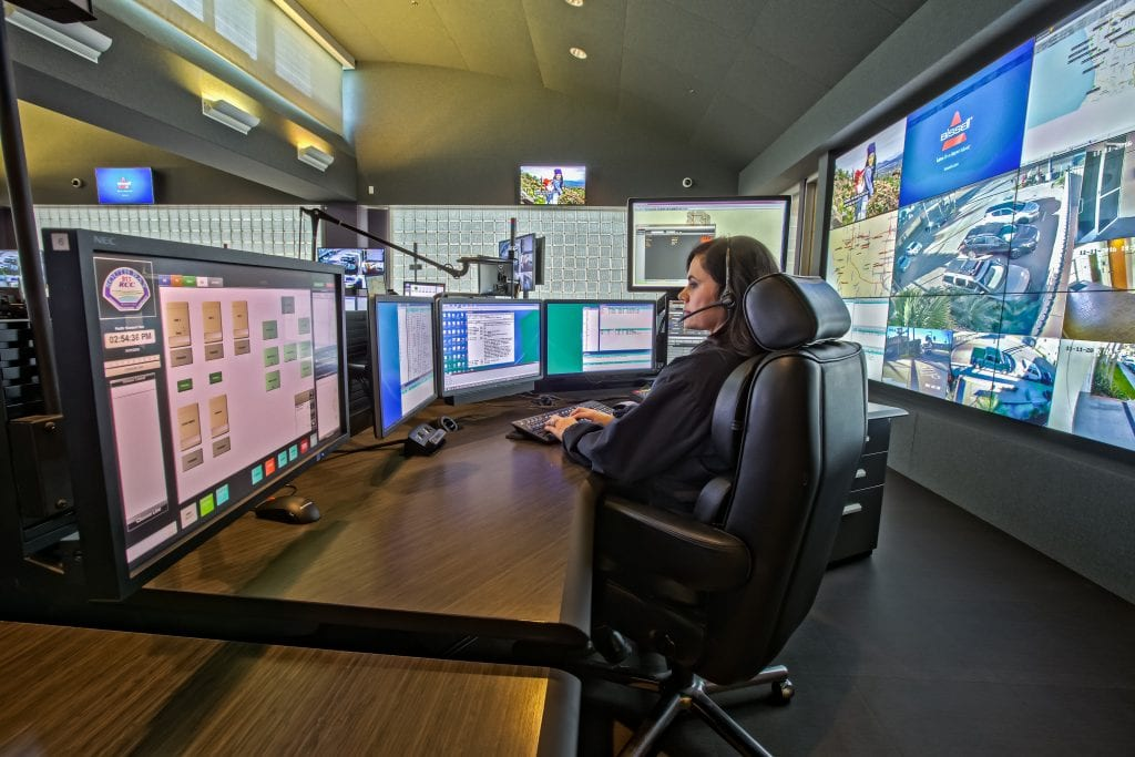 single-surface-consoles-provide-more-dispatcher-workspace